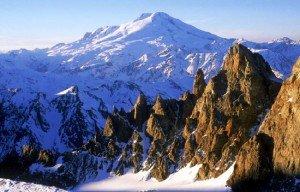 Самая большая гора в России