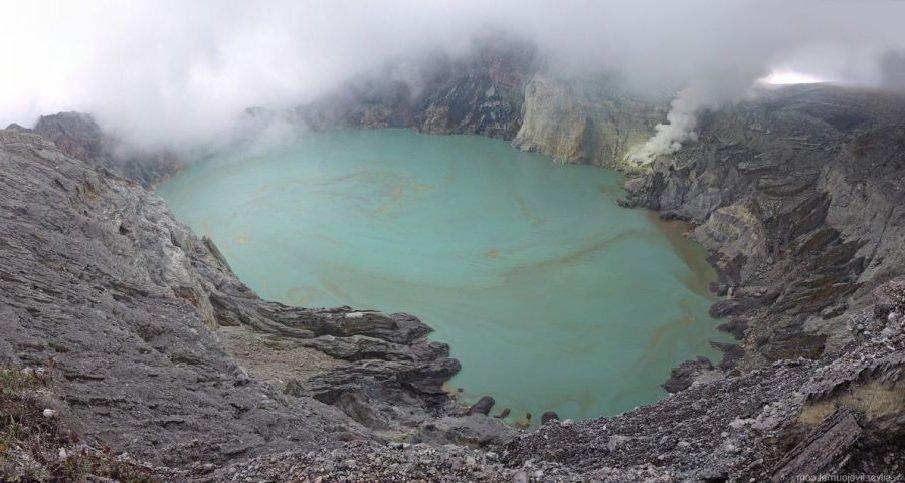 Кислотные озера острова Ява жизнь обнаружена!