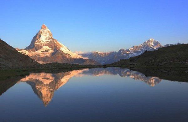 Самые красивые озера мира фото Риффельзее, Швейцария