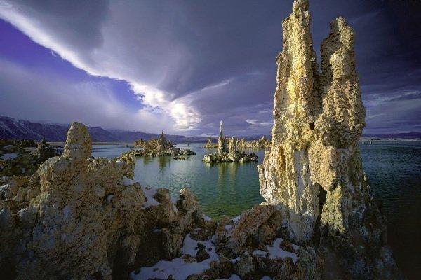 Самые красивые озера мира фото Озеро Моно, Калифорния
