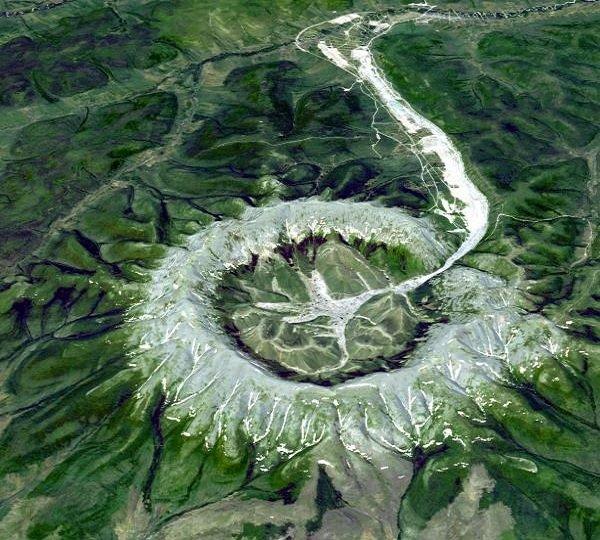 Самые необычные горы планеты - Кондер