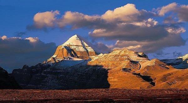 Самые необычные горы планеты - Кайлас