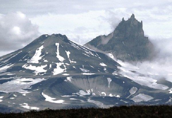 Действующие вулканы России - вулкан Шишель