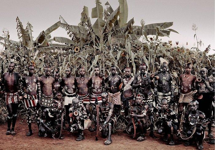 Колоритные фотографии африканских племён банна и арборе, проживающих на территории Эфиопии