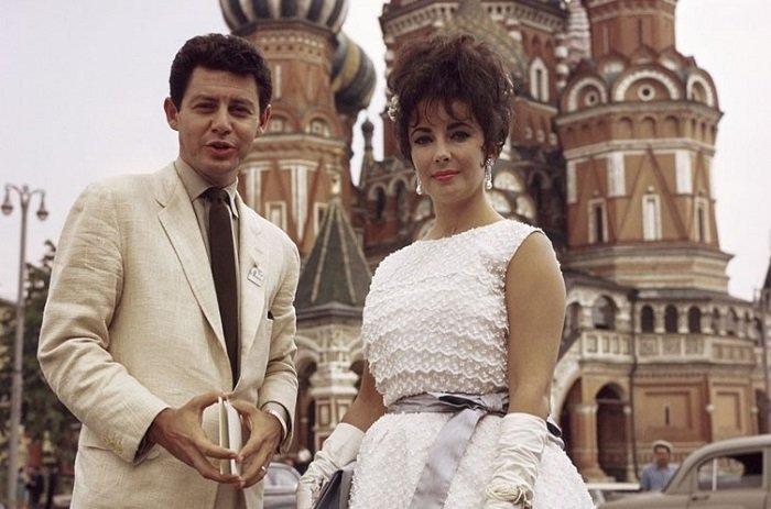 29 ретро фотографий известных зарубежных звёзд, побывавших в СССР