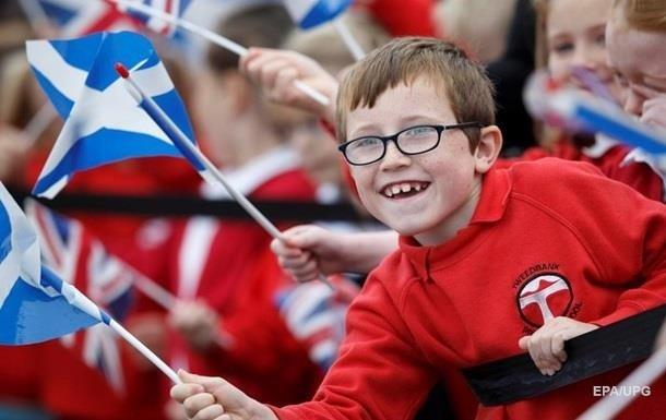 Опрос: Шотландцы хотят остаться в составе Великобритании
