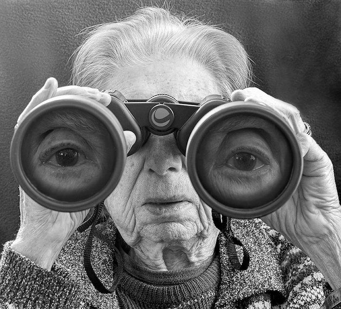 Вторая молодость: новые снимки от сына-фотографа, на которых его матери 91 год