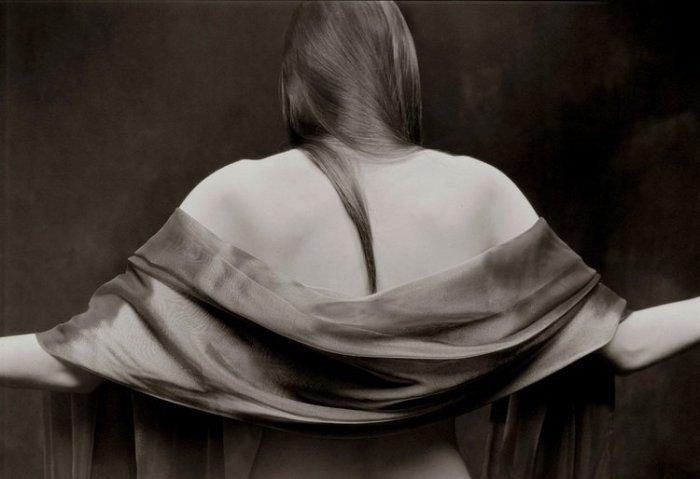 Непринуждённая сексуальность: эстетическая серия фотографий в стиле ню