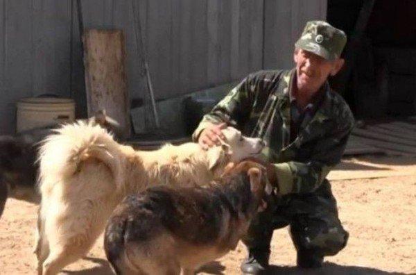 Ветеран ФСБ продал квартиру, чтобы построить приют для служебных собак
