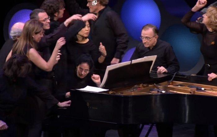 Чардаш Монти в 24 руки на одном фортепиано