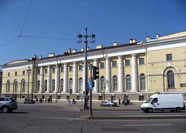 Зоологический музей в Санкт-Петербурге.