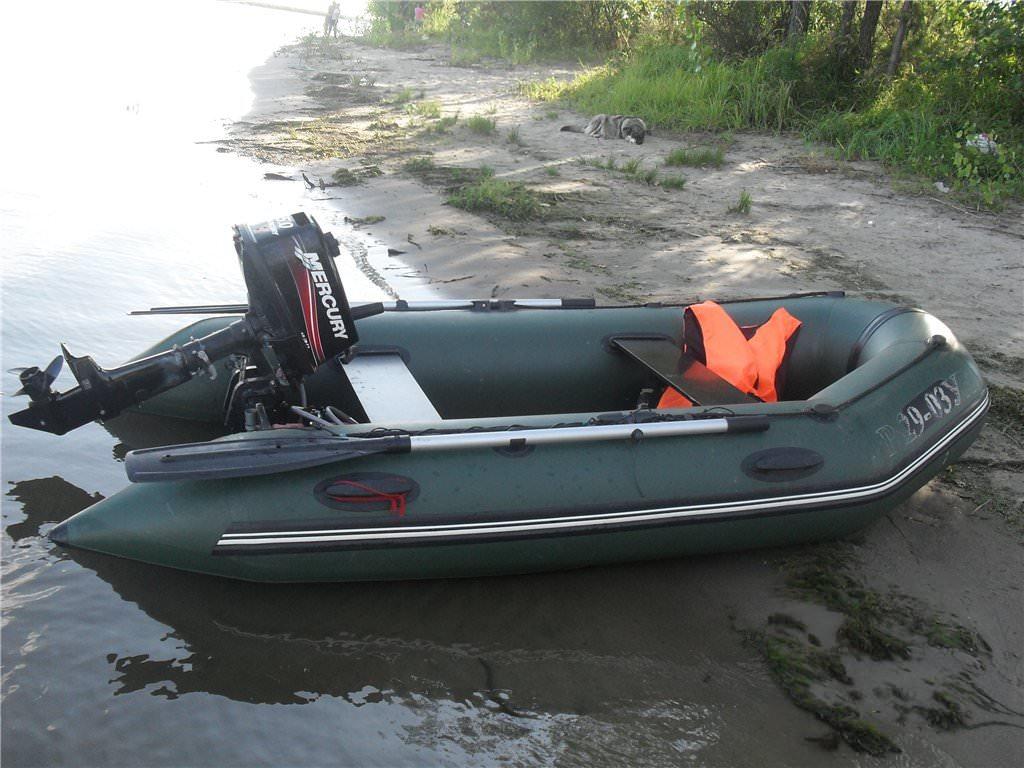 Лодки ПВХ с мотором для рыбалки и охоты: характеристики и советы.