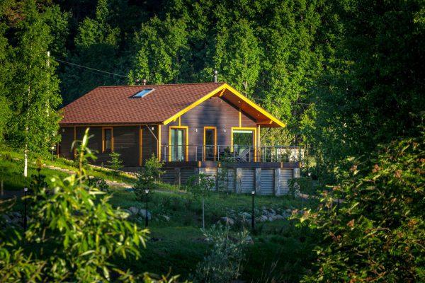 В парке-отеле Sorola Village можно снять дом и отдохнуть.